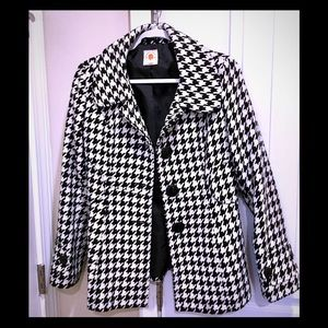 Classic Houndstooth coat 🧥 ❄️